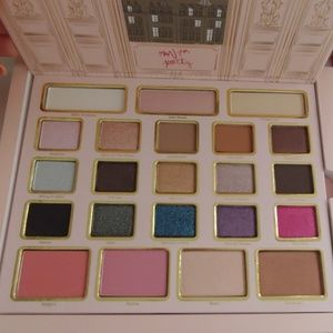 Too Faced Le Grand Palais Palette Set